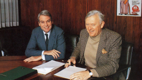 Chairman & CEO Mark Wössner and CLT Director General Gust Graas sign the contracts for RTL Plus in 1983