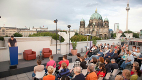 Long Night of Museums 2012: author reading with Tilman Birr on the roof terrace of Bertelsmann's premises